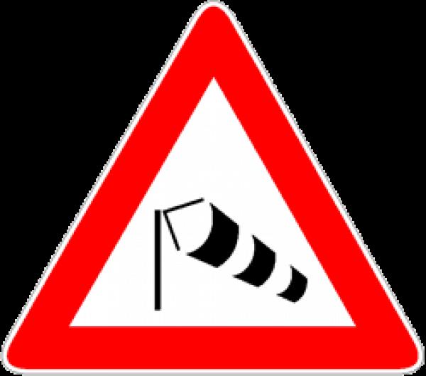 forte-vento-laterale